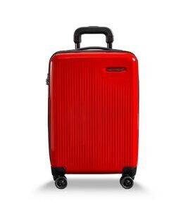 Sympatico, International Carry-On expandable Spinner in  feu rouge